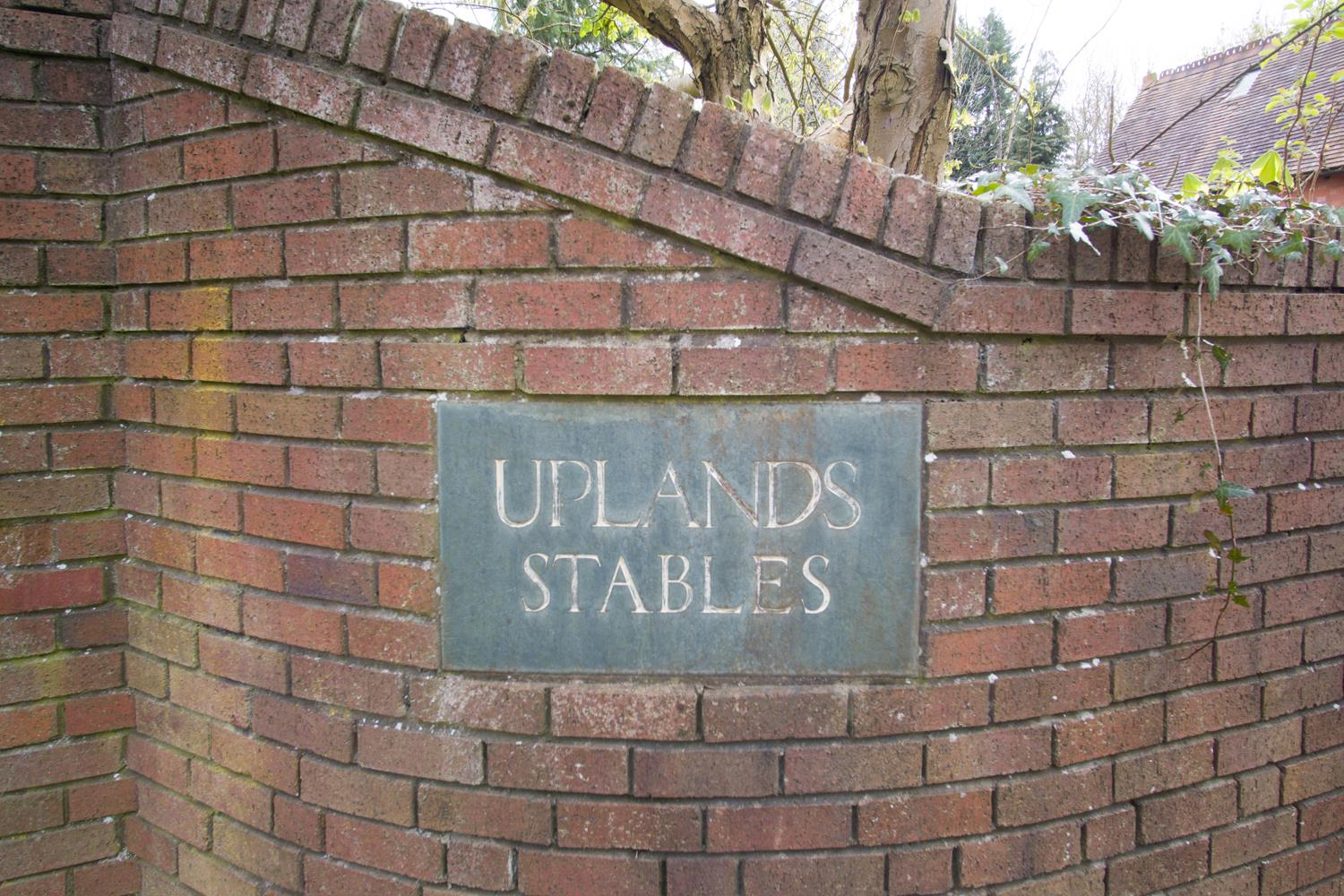 Uplands Stables Coopers Hill